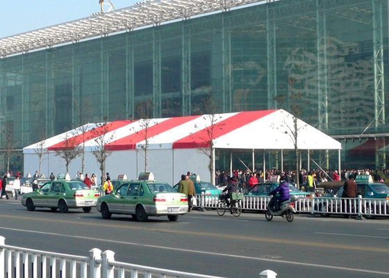 China 500 People Outdoor Display Trade Show Canopy Tent Red And White Stripe Clear Roof factory